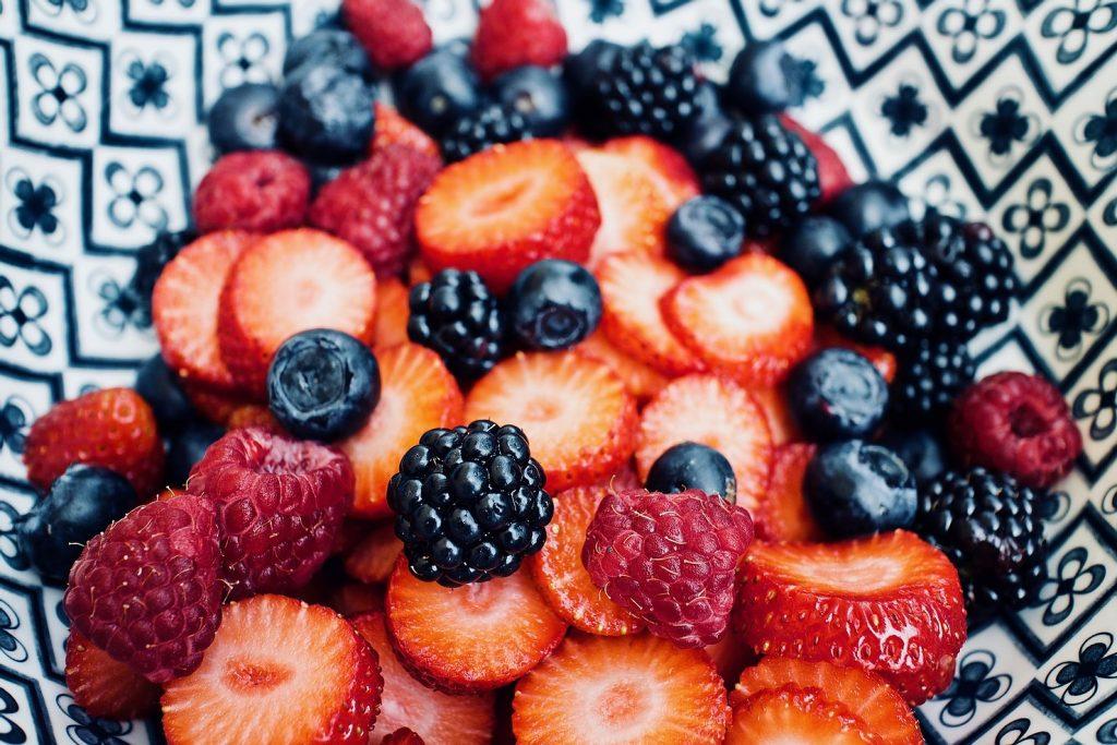 fruitsalade-met-kaneeltortillas